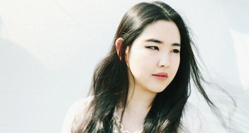 Vivian Kim: Mẫu béo xinh đẹp, sexy nhất châu Á - 4