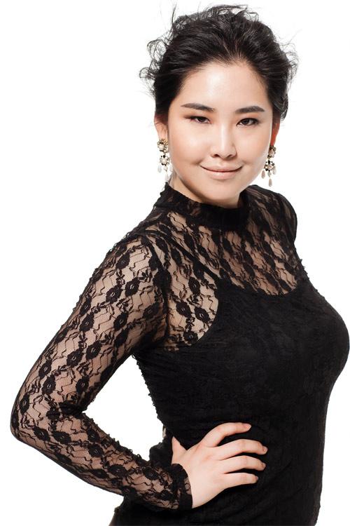 Vivian Kim: Mẫu béo xinh đẹp, sexy nhất châu Á - 5