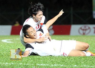 """Cập nhật U19 VN-U21 Campuchia: """"Đè bẹp"""" đối thủ (KT) - 9"""