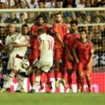 Bóng đá - Siêu phẩm lốp bóng khiến Milan ôm hận