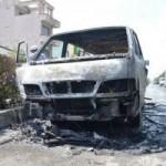 Tin tức trong ngày - Xe chở bệnh nhân bốc cháy, tài xế bế khách ra ngoài