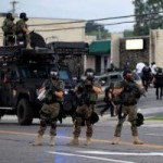 Tin tức trong ngày - Mỹ: Huy động cảnh binh dẹp bạo loạn kinh hoàng