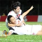 """Bóng đá - Chùm ảnh: U19 VN """"hành hạ"""" đàn anh U21 Campuchia"""