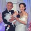 """""""Đường Tăng"""" Nhiếp Viễn khoe con gái trong đám cưới"""