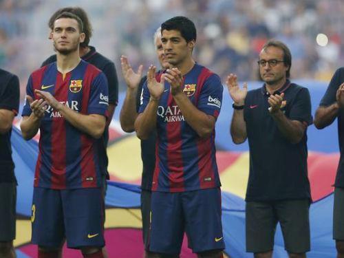 Suarez ra mắt Barca từ băng ghế dự bị - 1