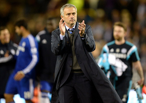 Mourinho ca ngợi Cesc, đòi công bằng cho Costa - 1