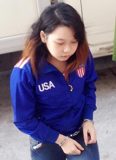 Đang xét xử thiếu nữ đồng tính giết xe ôm ở Sóc Trăng - 1