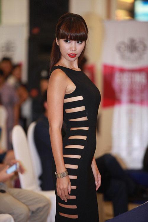 Hà Anh tư vấn ăn mặc cho thí sinh người mẫu - 12