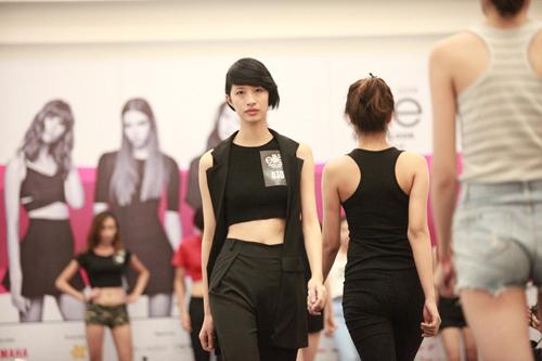 Hà Anh tư vấn ăn mặc cho thí sinh người mẫu - 10