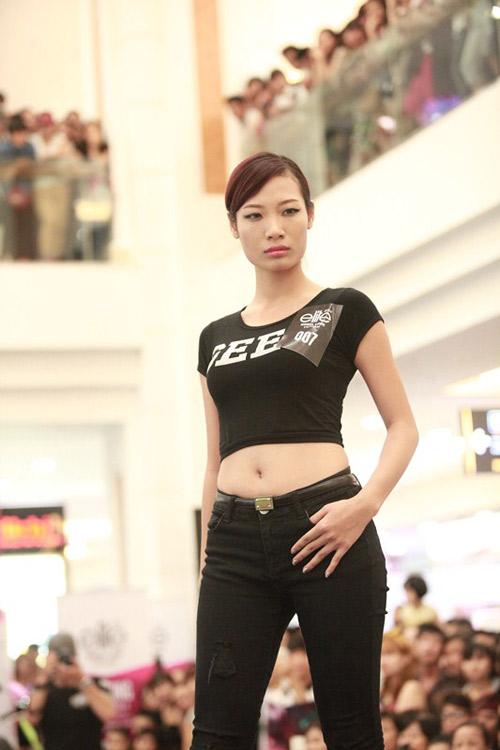 Hà Anh tư vấn ăn mặc cho thí sinh người mẫu - 11
