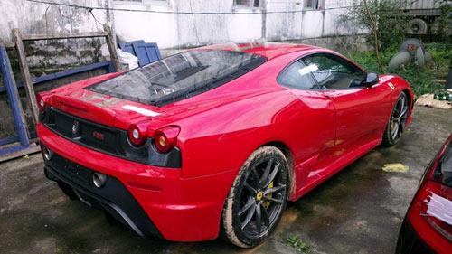 Dàn siêu xe Ferrari phủ bụi ở Việt Nam - 3