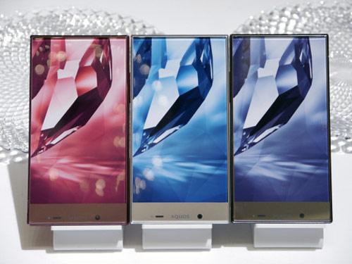 Sharp ra mắt bộ đôi smartphone viền màn hình siêu mỏng - 12