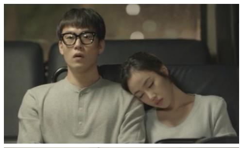 Người đẹp phim nóng đóng MV gây nghẽn mạng Hàn | ngôi sao 24h