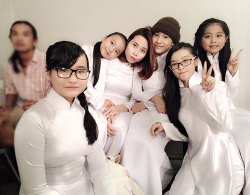 Vợ chồng Giang Hồ cùng học trò The Voice Kids hát về mẹ - 3