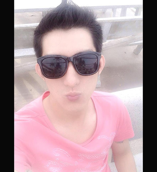 Bạn trai Phi Thanh Vân tên thật là Bảo Duy. Anh tuy không làm việc trong ngành giải trí nhưng được đánh giá có diện mạo của một hotboy.
