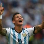Bóng đá - Nóng: MU hoàn tất hợp đồng với Rojo, chia tay Fellaini