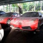 Ô tô - Xe máy - Dàn siêu xe Ferrari phủ bụi ở Việt Nam
