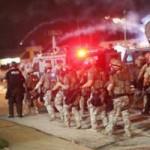 Tin tức trong ngày - Mỹ: Vệ binh, thiết giáp bất lực trước bạo loạn