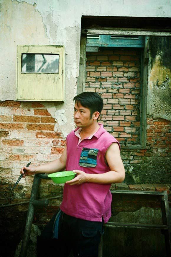Những quý ông showbiz Việt vào vai giang hồ cộm cán - 14
