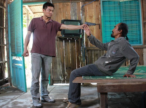 Những quý ông showbiz Việt vào vai giang hồ cộm cán - 8