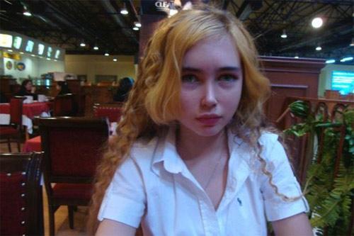 Lật tẩy vẻ đẹp dao kéo của búp bê sống 16 tuổi - 3