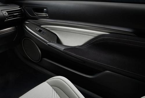 """Lexus RC F 2015 giá """"chát"""" hơn BMW M4 Coupe - 12"""