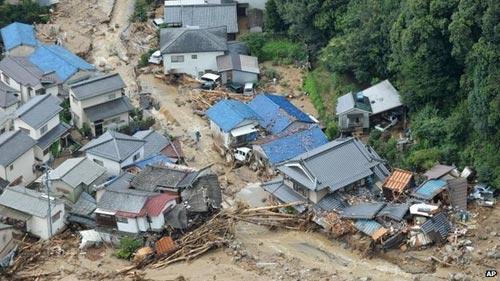 Lở đất ở Nhật Bản, 27 người thiệt mạng - 1