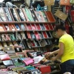 Thị trường - Tiêu dùng - Tiểu thương chợ Đồng Xuân chê DN nội thua xa Trung Quốc