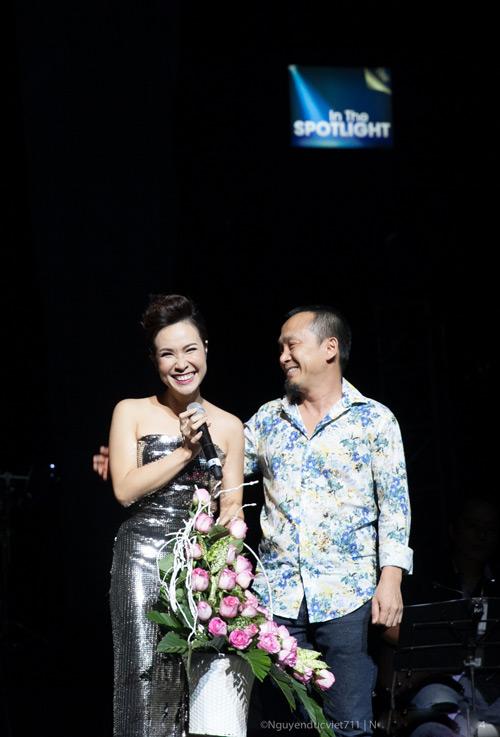 """Phạm Anh Khoa """"phá nát"""" bài hit của Uyên Linh - 2"""