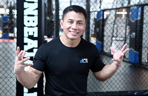 Cung Lê: Tôi nổi tiếng hơn Johnny Trí Nguyễn - 1