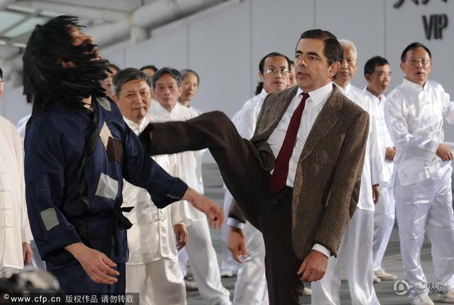 Vua hài Mr. Bean quậy hết cỡ trên quảng trường Thượng Hải - 5