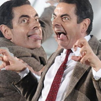 Vua hài Mr. Bean quậy hết cỡ trên quảng trường Thượng Hải