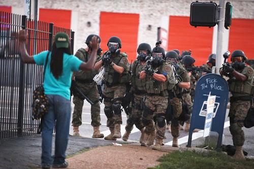 Video cảnh sát Mỹ bắn chết người ở thị trấn bạo loạn   anninhhinhsu