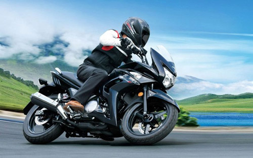 Suzuki Inazuma: Chiếc naked bike năng động - 1