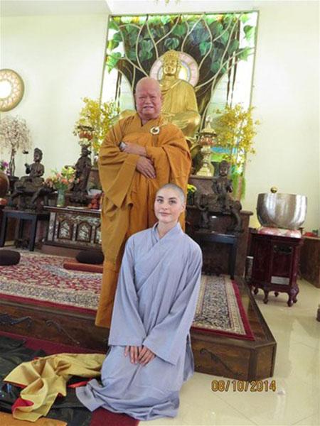 Cô gái xinh đẹp người Mỹ xuất gia tại Việt Nam - 3