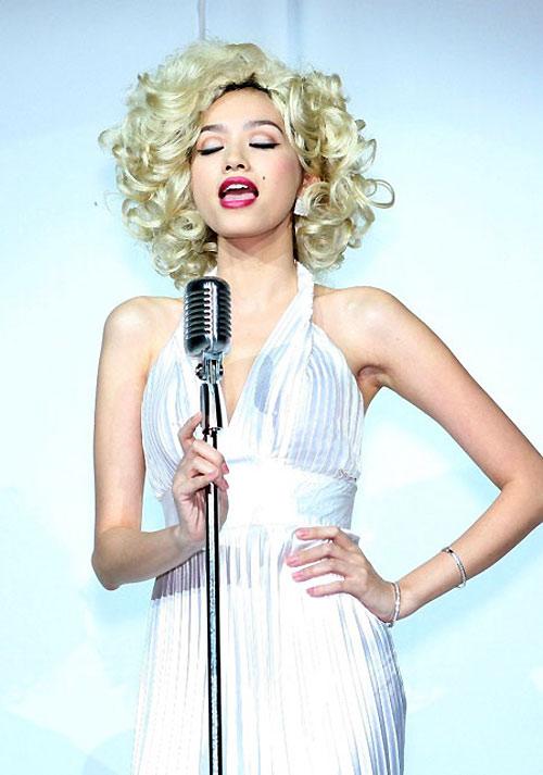 Những màn hóa Marilyn Monroe Việt gây tranh cãi - 2