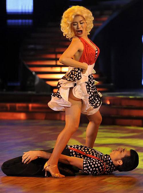 Những màn hóa Marilyn Monroe Việt gây tranh cãi - 15