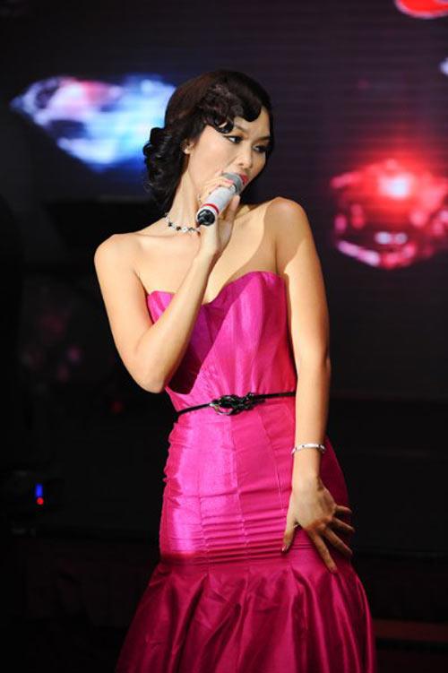 Những màn hóa Marilyn Monroe Việt gây tranh cãi - 5