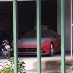 Ô tô - Xe máy - Ferrari F12 Berlinetta nằm phủ bụi tại Hải Phòng