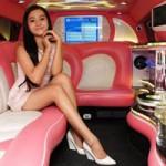 Phim - Tam Triều Dâng khoe chân dài trong siêu xe