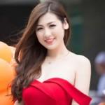 Thời trang - Dương Tú Anh khoe vai trần quyến rũ