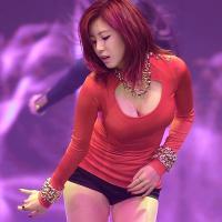 """Chân dung """"người đẹp phồn thực"""" của làng nhạc K-Pop"""