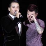 """Ca nhạc - MTV - Khắc Việt ôm Tuấn Hưng khóc trong liveshow """"Yêu"""""""