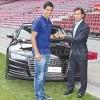 Luis Suarez được tặng siêu xe Audi Q7 vừa ra lò