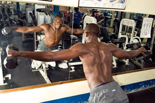 """Usain Bolt & Bí kíp siêu VĐV: Xứng danh """"dị nhân"""" (kỳ 3) - 1"""