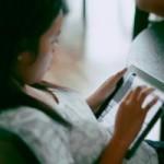 Tin tức trong ngày - Máy tính bảng khiến học sinh mất nhiều kỹ năng xã hội