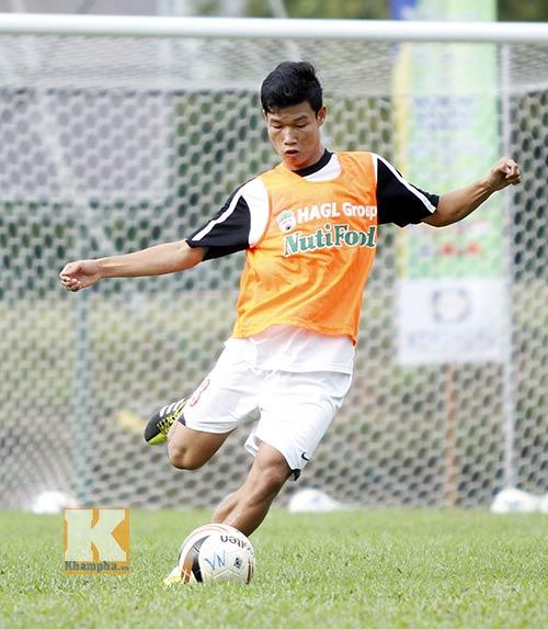 U19 Việt Nam: Thầy Giôm lo vá hàng thủ - 1