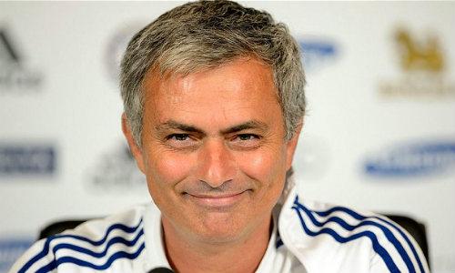 """HLV Mourinho lại đưa ra """"yêu sách"""" mới - 1"""
