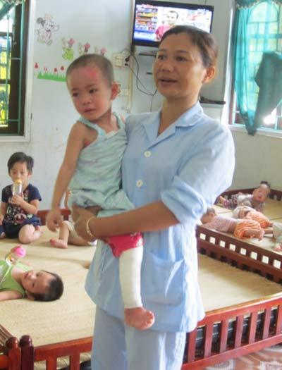 Chùm ảnh: Cuộc sống mới của bé Tâm Anh chùa Bồ Đề - 1