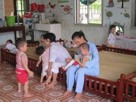 Chùm ảnh: Cuộc sống mới của bé Tâm Anh chùa Bồ Đề - 10